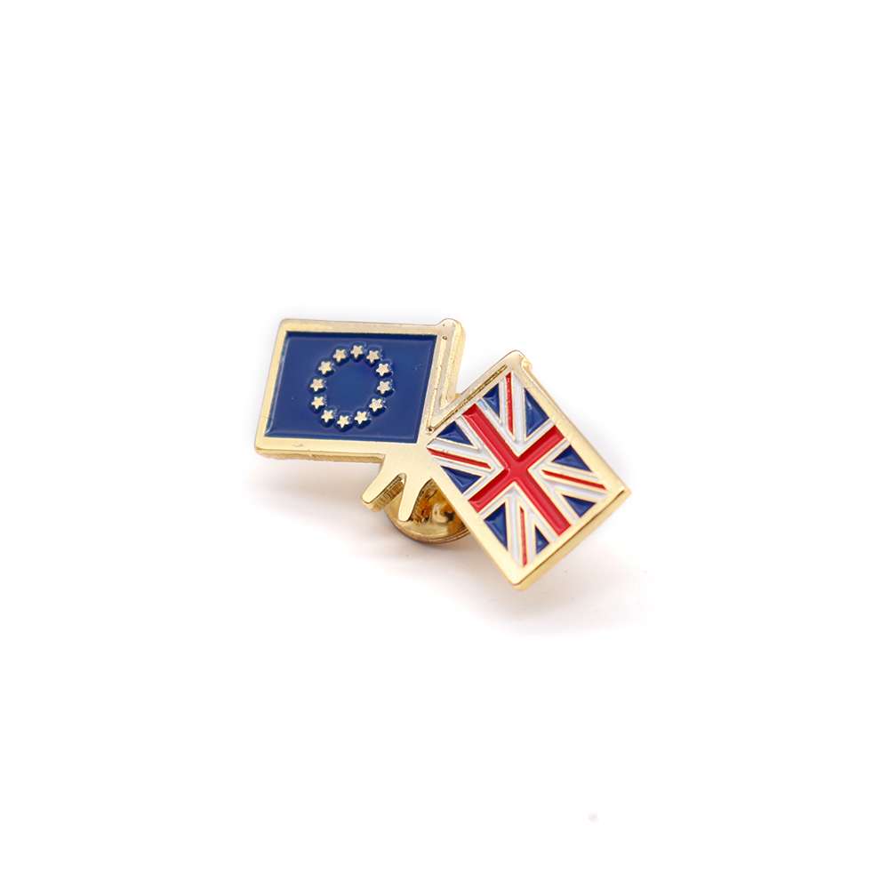 Badges lapel pins medals medallions cheap quality enamel plastic metal soft hard sports golf tennis football cheap personalised custom quality EU Union Jack